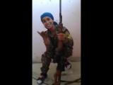 Сирия.Ракка. Девочка-снайпер.