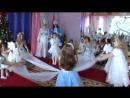 Красивый танец снежинки с тканью детсад №94, старшая группа