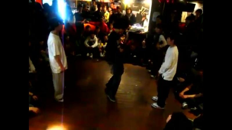 『 응답하라 2011 』 Busan City Kids VOL.1 ¦ 4강 박지민(JUST DANCE 아카데미),이남두 VS 정동주,박우진(서덕구힙합댄스스쿨)