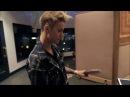 Justin Bieber - Ping pong Champ!