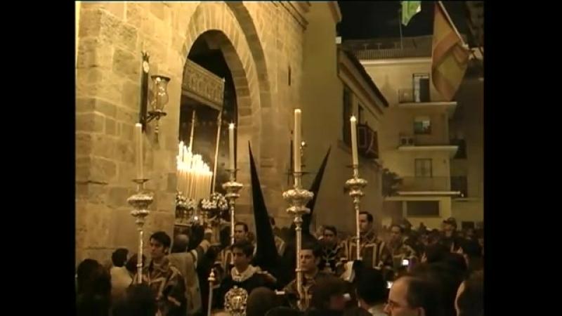 Salida de la Hermandad de San Isidoro Sevilla Viernes Santo 2008