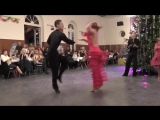 Танцевальные пары на вечере отдыха в Бонне