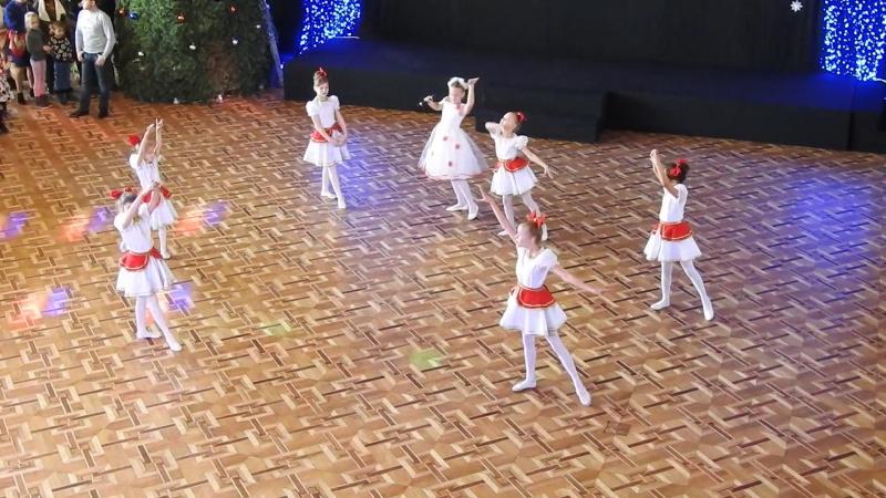 Кныш Лиза и ансамбль танца Кураж