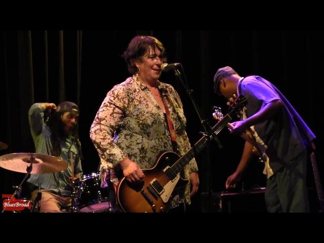 JOANNA CONNOR • Magic Sam Boogie • Sellersville Theater 9/13/17