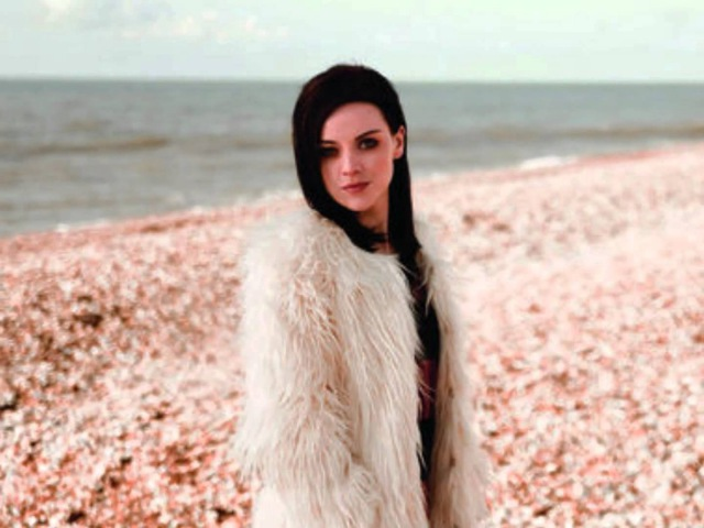 Amy Macdonald - Left That Body Long Ago