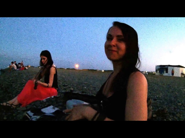 2017/07/30 Playing on the seashore: Two gypsies