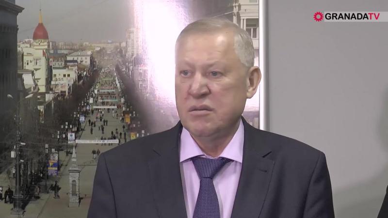 Евгений Тефтелев об эко-автобусе и платных парковках