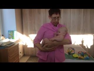 Как правильно брать и носить малыша на руках. Карпова Т.И. - остеопат.