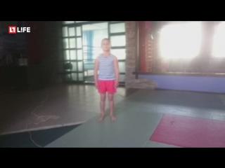 7-летний школьник ставит рекорд: более 2000 отжиманий за раз