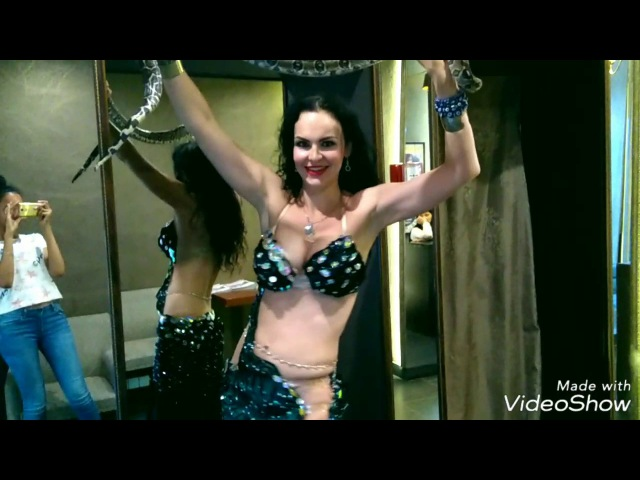 Snake Snakecharmer Bellydancer Natalya Liseeva Змея Удав Восточный танец Разогрев