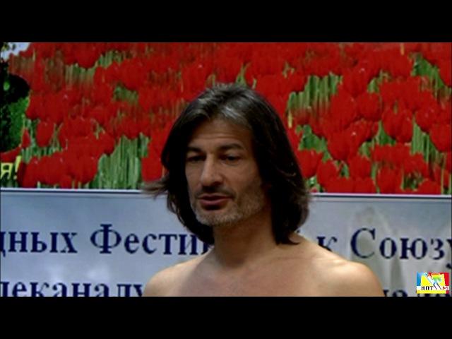 Мухтар Гусенгаджиев. Правильные растяжки. Школа гибкости в студии Марии Карпинской. 4 занятие ч. 1.