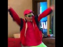 (Roy Purdy) dances to Rockstar mashup