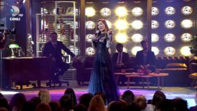 Demet Akalin-Türkan Beyaz show full HD