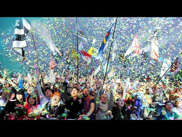 Coldplay live -2016 Glastonbury festival , A Head Full of Dreams tour