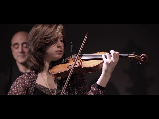 Poor butterfly Joan Chamorro presenta Èlia Bastida Luigi Pasquale Grasso
