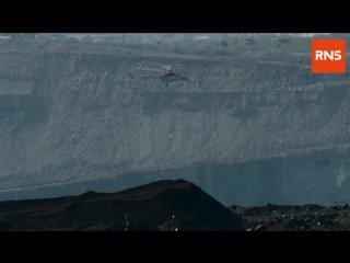 Первая попытка осушить заблокированную шахту «Мира»