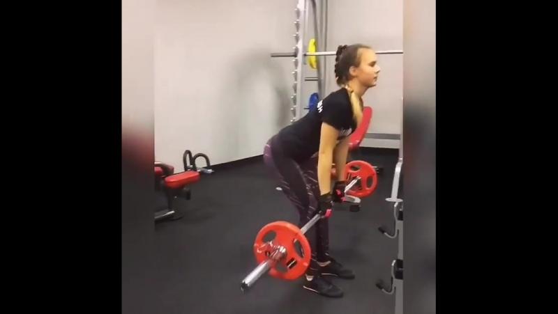 Подопеченая Ольга Шестоперова Валерия! Очень целеустремленная и идет к поставленной целе👍💪🏆 тренировка ног и ягодиц в фитнесклуб