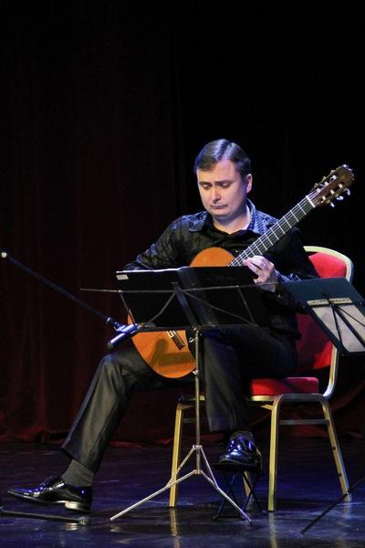 Евгений Пушкаренко