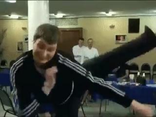 колян танцует лучше всех коляна ждёт успех