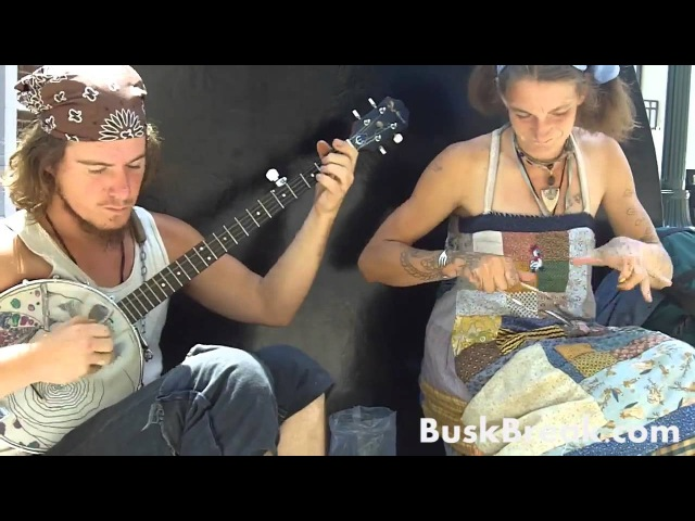 Busk Break: Abby the Spoon Lady and Banjo Ben perform
