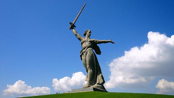 В Волгограде стартовали работы по реконструкции Родины матери    Дирек