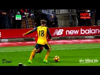 Игроки Ливерпуля куражатся в игре против Арсенала |Deus| vk.com/nice_football