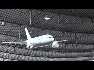 Летающая модель Airbus a320 в аэропорту South Stuttgart 2016