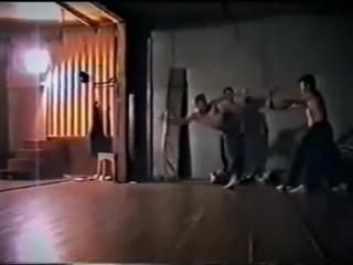 Выжить на улице. Как тренировались простые пацаны в 90-е. Без фитнес-центров, сп