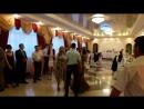 вовлечение мамы жениха на танец с сыном