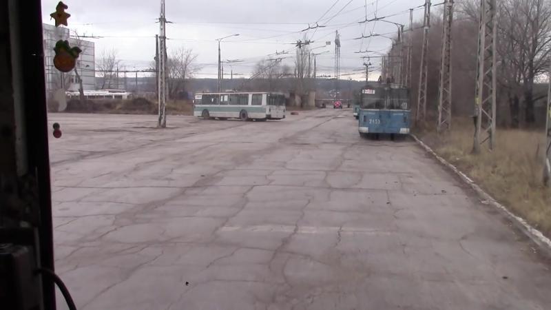 Выезд троллейбуса ЗиУ 682Г из депо №3 г Тольятти . 2015