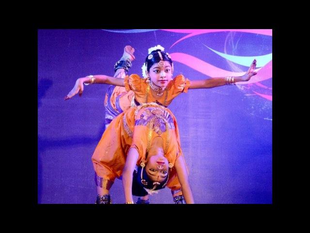 Sridevi Nrithyalaya - Bharatanatyam Dance - Naga Nritham by Meenakshi Srinidhi Nandagopal