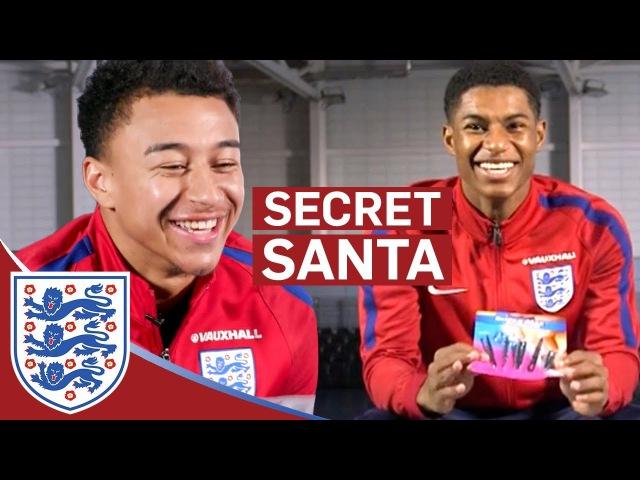 Rashford: Jesse has the Nastiest Toenails!! | Lingard Rashford | Secret Santa