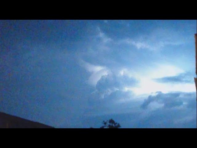 Lightning ⚡ Разряды электричества ⚡ в небе Лондона ⚡18.07.2017. .23:30