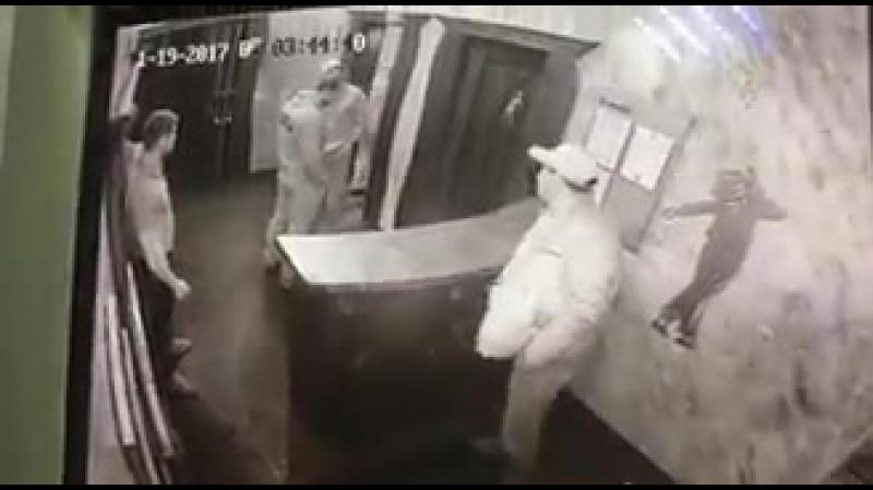 В Кемеровском ночном клубе сегодня ночью застрелили охранника