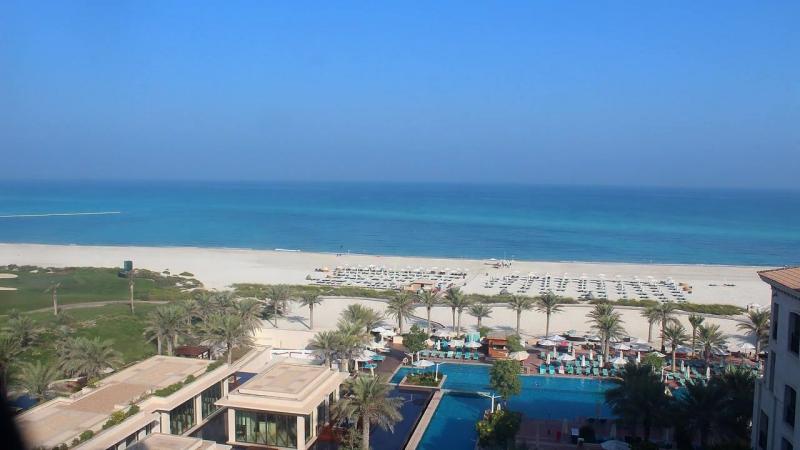ОАЭ, Абу-Даби, пляж Саадият (Saadiyat Beach)