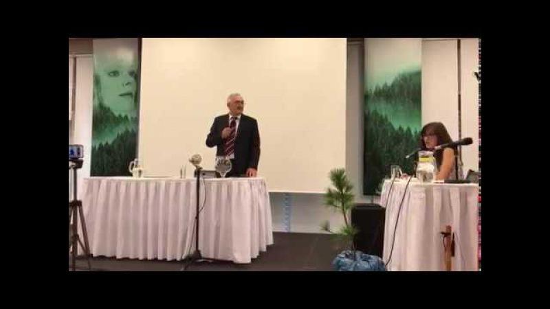 Репортаж с конференции Владимира Мегре в Праге.