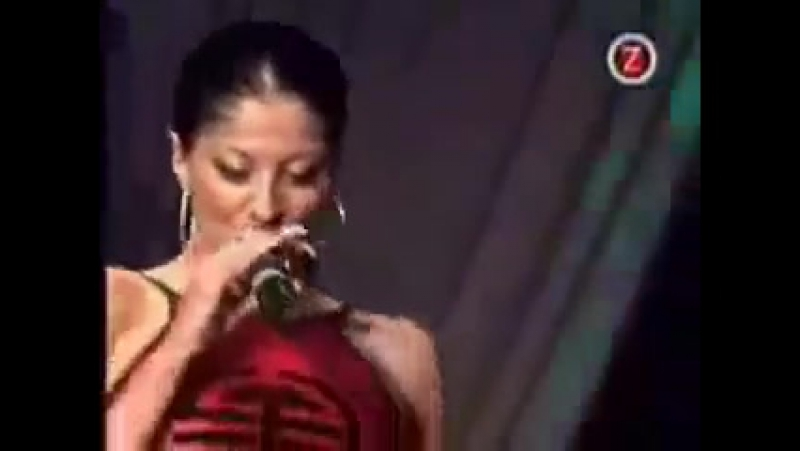 Dilnarin Dee Demirbag - Want you to go (LIVE)