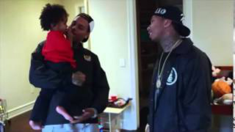 Chris Brown painting King Cairo's Tyga's son room