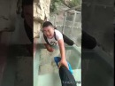 Fear of Heights (Chinese people afraid of a glass bridge)