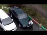 Новокузнечанка разбила сковородой авто экс-супруга