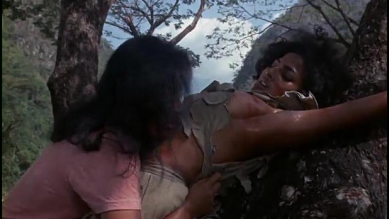 порка и насилие из фильма Женщины в клетках 1971 год - Пэм Гриер (порка бондаж, насилие)
