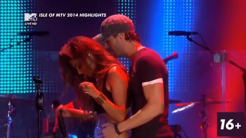 Heartbeat (live from Isle of Mtv) - Enrique Iglesias and Nicole Scherzinger