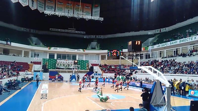 Баскетбол Матч Уникс Химки 20 02 2017 танец талисмана команды и Группы поддержки Уникс
