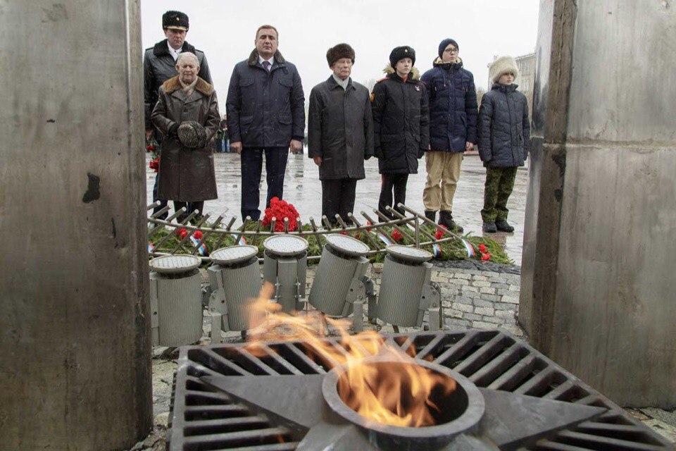 Почтили память защитников Отечества