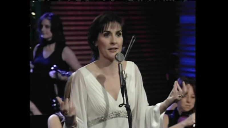Enya - White Is In The Winter Night Interview (With Regis and Kelly, 19.12.2008) USA ~ LIVE
