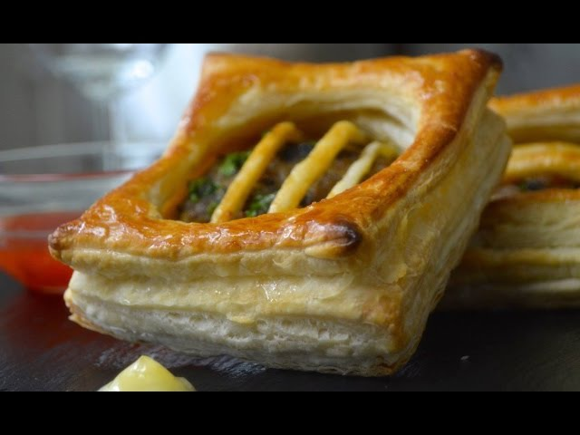 round pastry puff dough