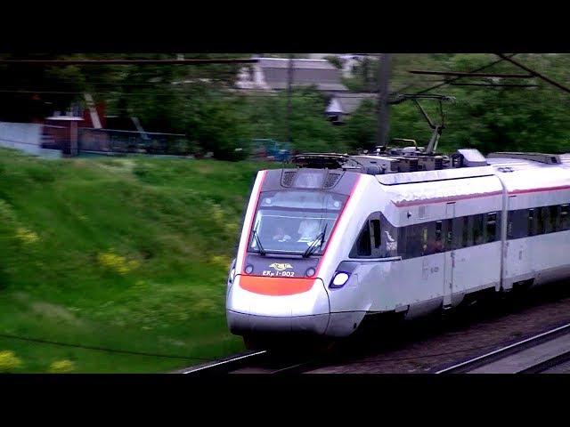 Тарпан ЕКр1-002 прибуває до міста Вінниця