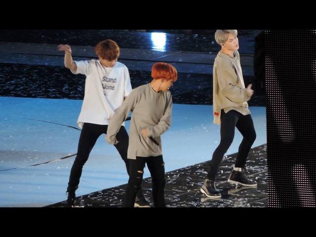 [FANCAM 직캠] 161001 BTS 방탄소년단 Save Me J-Hope 제이홉 Focus @ Busan One Asia Festival 부산 원아시아 페스티벌