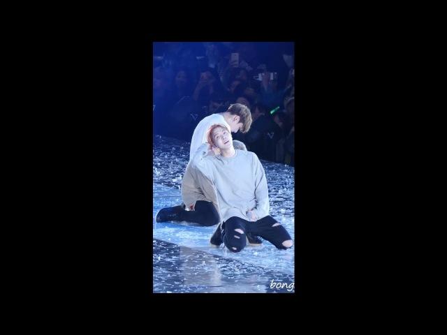161001 BTS(방탄소년단) 정국 - Save ME 직캠(Fancam) @부산원아시아페스티벌 by bong