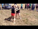 the girl fight style mma on meadow